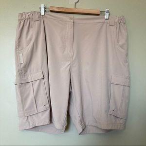 Mountain Warehouse Traveling Stretch Shorts - EUC